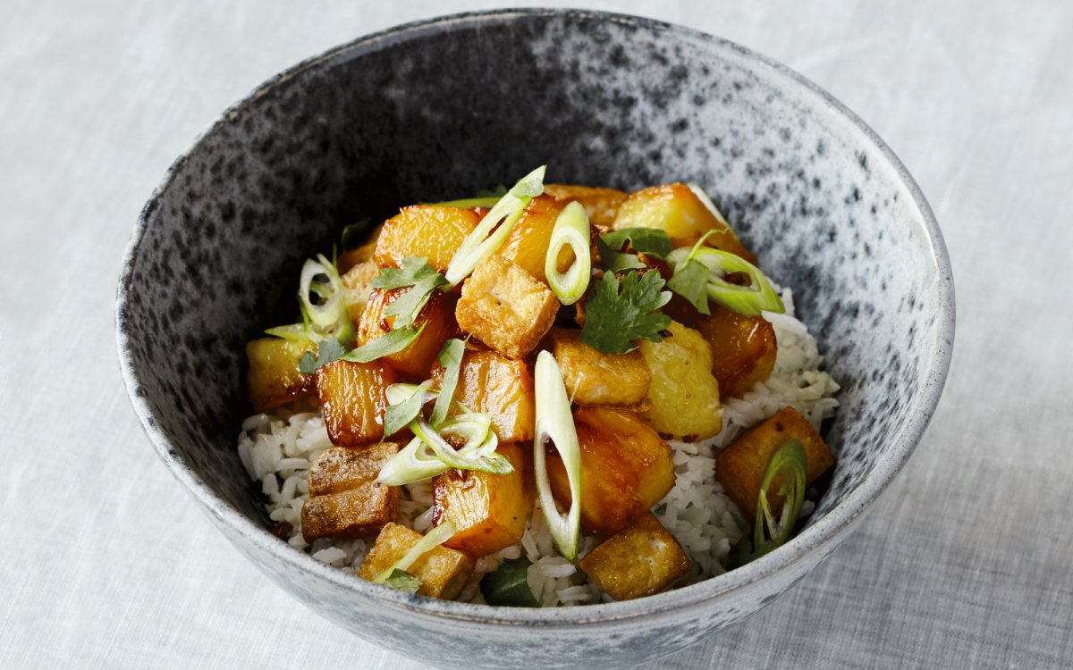 caramelized-pinapple-and-tofu