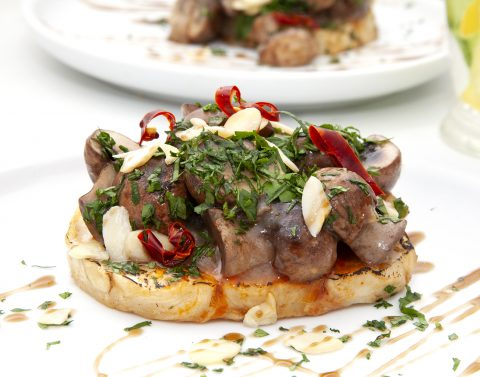Celeriac steaks with mushroom sauce 2a