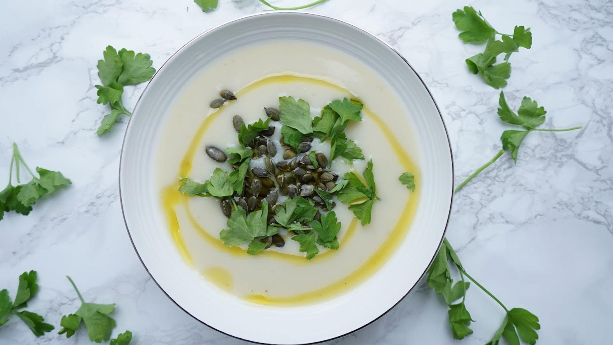 Dairy-Free Creamy Cauliflower Soup